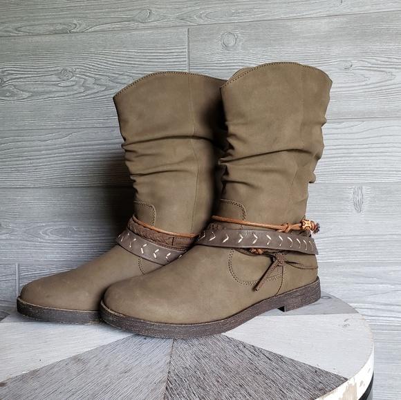 Sugar Mid Calf Boots SGR ROOT SIZE 8